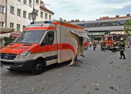 explosion-rettungswagen_001