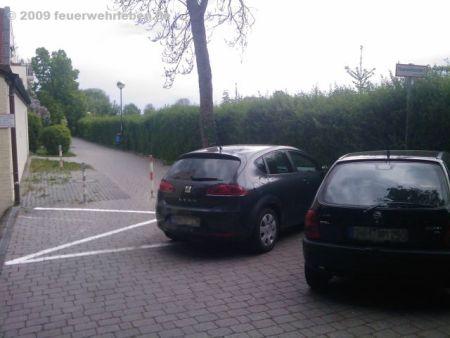 feuerwehrzufahrt_zugeparkt_001