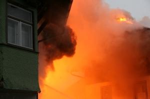 Massive Brandentwicklung (Quelle: Feuerwehr Oberstdorf)