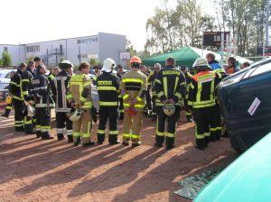 Bunt gemischte Teilnehmer: Egal welche Feuerwehr, egal welches Land, jeder der Interesse hat macht mit