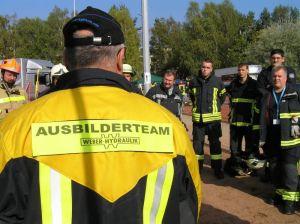 Ausbilder von Weber Rescue Systems machen als Online-Trainer bei den Webinaren mit