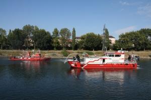 Das alte Feuerlöschboot und das neue Feuerlöschboot (Foto: Stadt Mannheim)