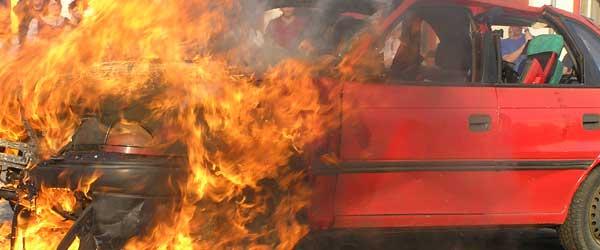 PKW Brand Feuerwehr