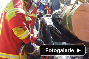 Auto begraben Feuerwehr