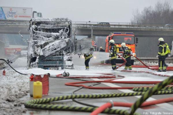 Gefahrguteinsatz Autobahn