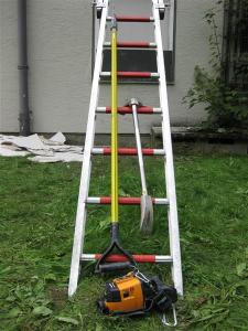V.E.I.S Einsatzmittel: Leiter, 6-Fuß-Einreißhaken, Halligan-Tool und Wärmebildkamera