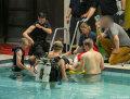 kind-schwimmbecken-feuerwehr-bremen-1