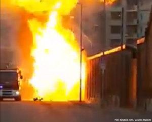 explosion-auto-feuerwehr