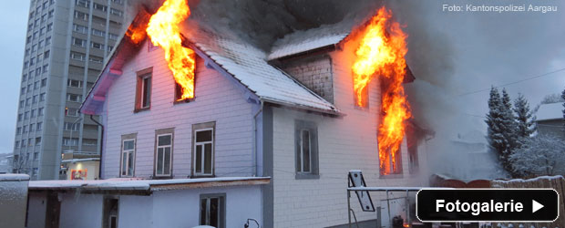 Vollbrand Gebäude Feuerwehr