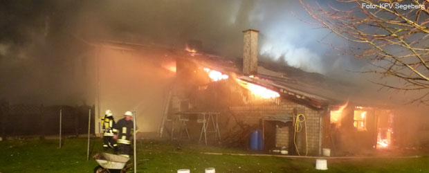 wohnhausbrand-heidmoor-feuerwehr-teaser