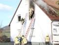 zimmerbrand-dachgeschoss-feuerwehr-2