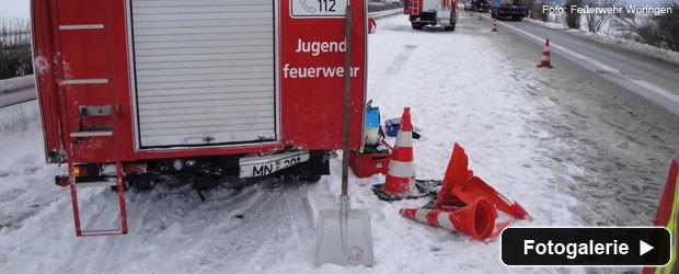 unfall-autobahn-sicherungsfahrzeug-teaser