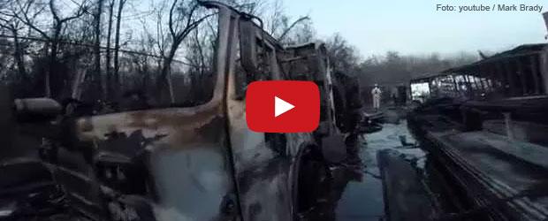 brand-feuerwehrfahrzeuge-fluessigkeitsbrand