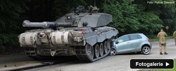 verkehrsunfall-panzer-auto-teaser